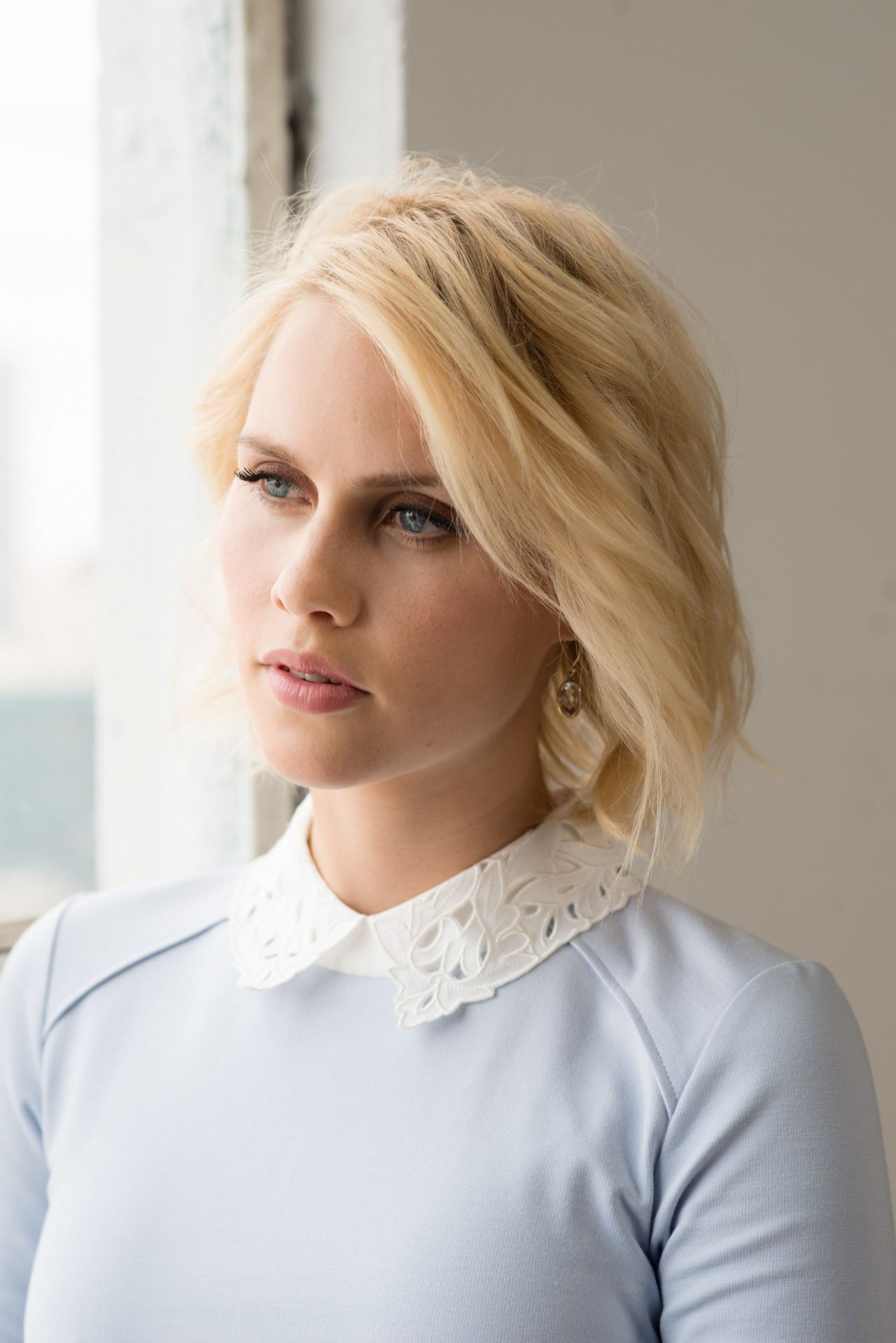 Claire Holt, Zooey